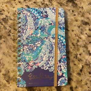 Lilly Pulitzer Planner. Aug 2019- Dec 2020.